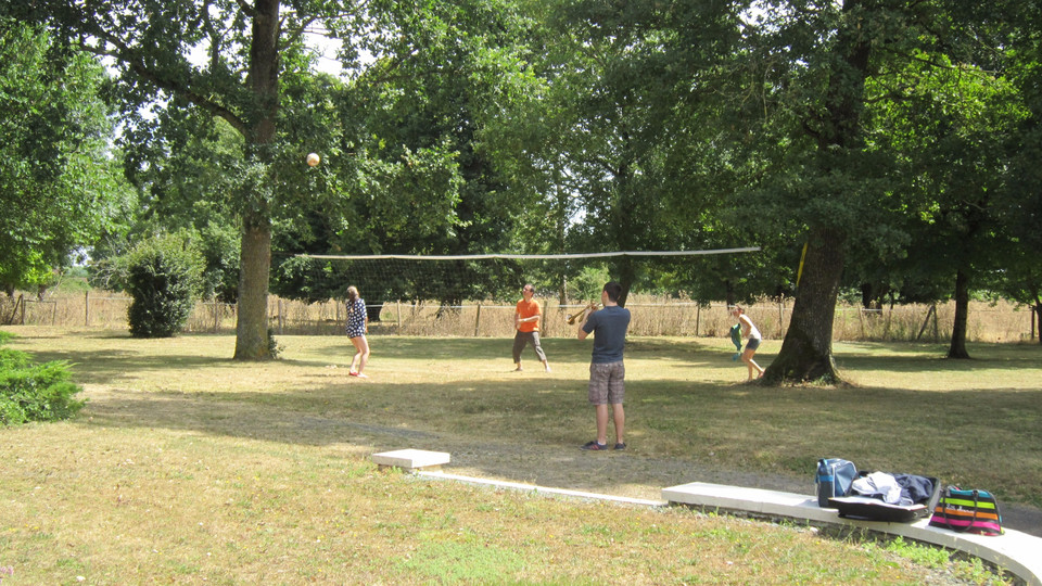 L'espace volley-ball, badminton